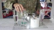 آزمایش شگفت انگیز برداشتن لیوان ها