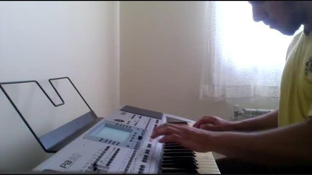 """نوازندگی آهنگ بندری""""هله دان دان دان""""امید جهان،توسط خودم"""