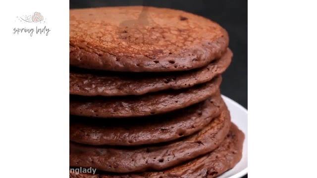 روش تهیه آسان پنکیک شکلات و موز