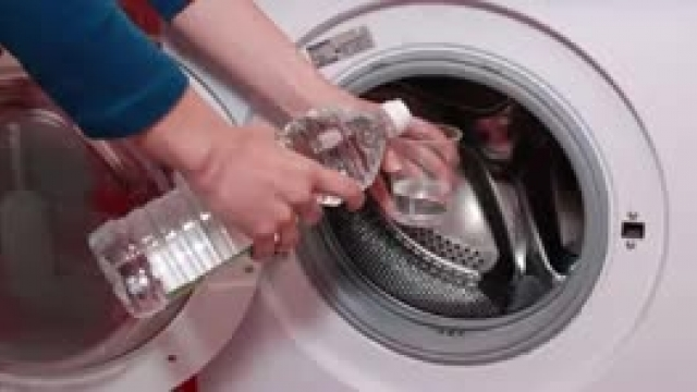 ترفندهای ساده برای تمیز کردن ماشین لباسشویی