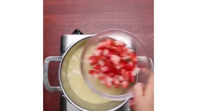 ترفندهای کاربردی آشپزی - 5 دستورالعمل طرز تهیه انواع دسر های توت فرنگی