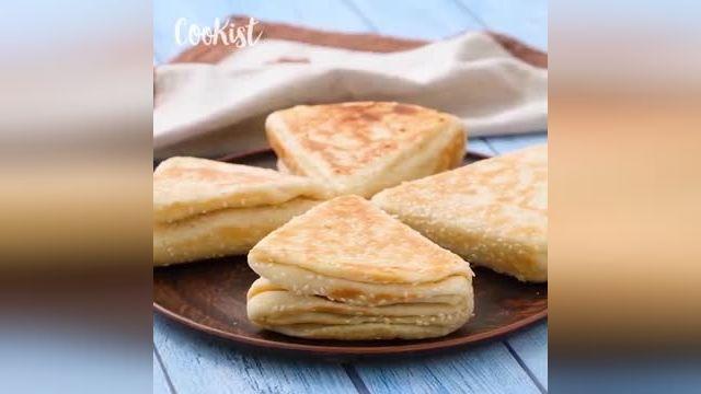 ترفندهای کاربردی آشپزی - طرز تهیه نان مثلثی جایگزینی برای نان معمولی