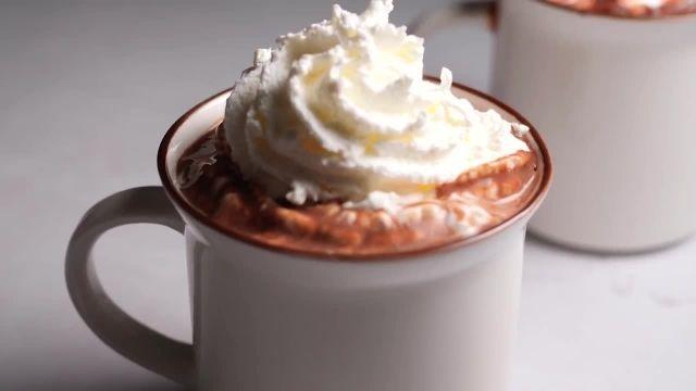 اموزش طرز تهیه بهترین شکلات داغ خانگی