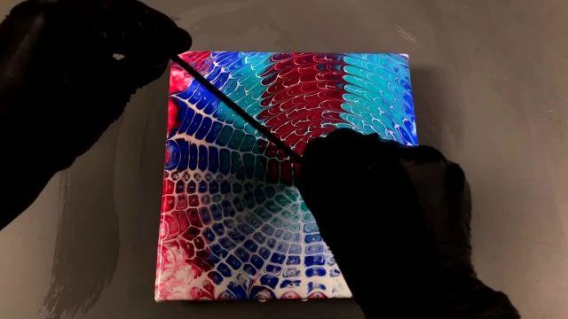 اموزش نقاشی با تکنیک ریختن رنگ روی بوم