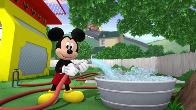 دانلود انیمیشن زیبای میکی موس (Mickey Mouse Cartoon) این قسمت: زمان حمام