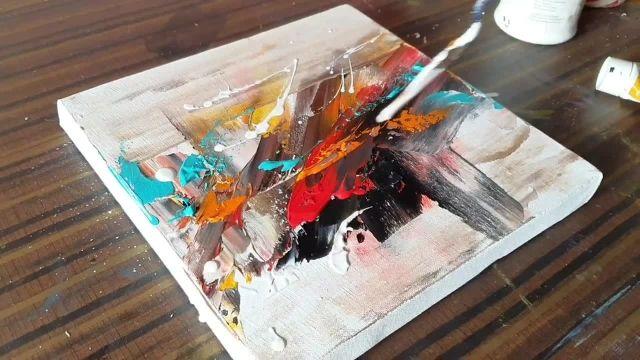 کشیدن یک تابلو نقاشی با تکنیک پخش رنگ روی بوم