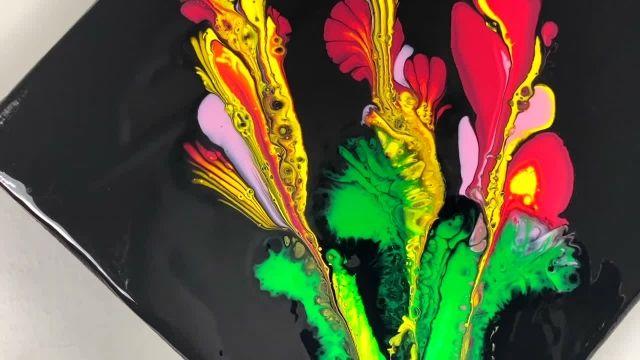 نقاشی ابستره گل با استفاده از زنجیر و سرنگ!