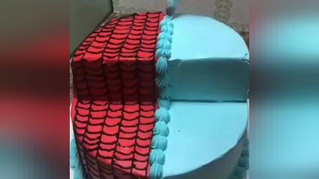 آموزش طرز تهیه کیک تولد پسرانه با طعم تازه و عالی