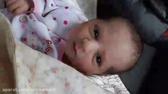 کلیپ بامزه سکسه و عطسه باحال نوزاد خوردنی و کوچولو !
