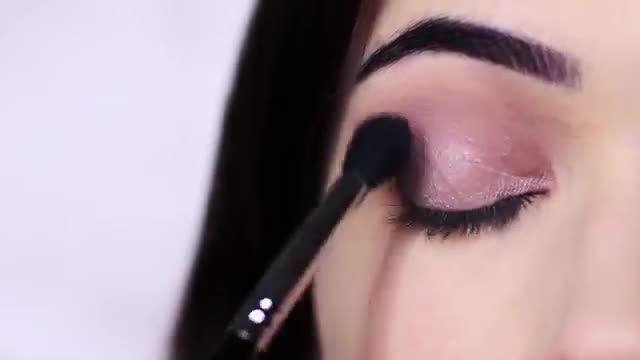 آموزش آرایش و میکاپ چشم - ترکیب رنگ های براق و مات سایه چشمی ملایم و شیک