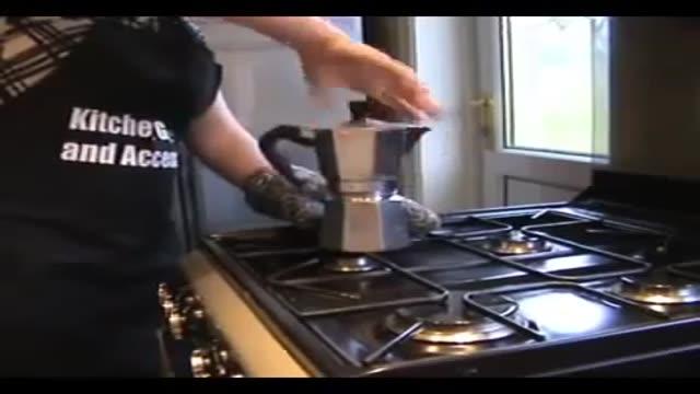 آموزش آماده کردن قهوه و تمیز کردن قهوه جوش بیالتی