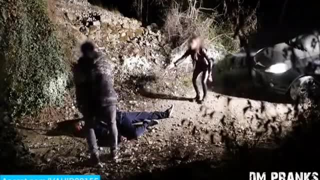 دوربین مخفی ترسناک حمله قاتل وحشتناک به مردم
