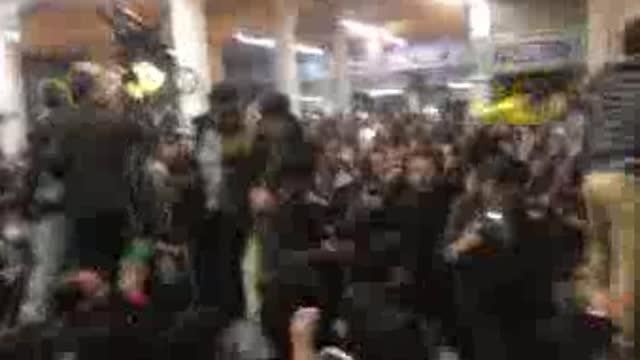 لحظات پرشور استقبال مردم از احمدی نژاد (آذر 96) با پخش سرود حماسی یا مرحبا بنجاد