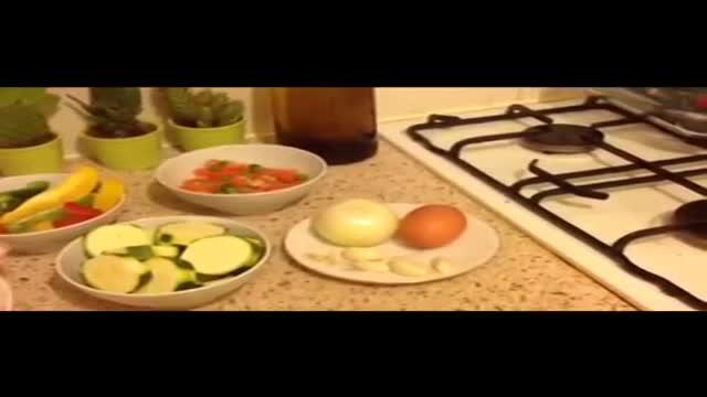 خوراک مرغ با سبزیجات