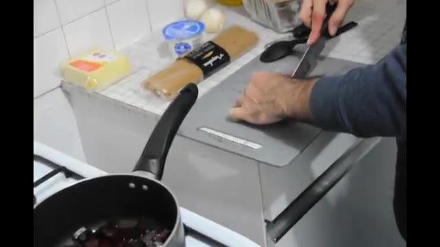 How To Make BeetRoot Pesto - آموزش پاستا با پستوی لبو