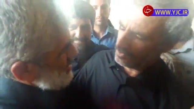 دیدار پدر شهدای مدافع حرم در مراسم بزرگداشت شهید محسن حججی