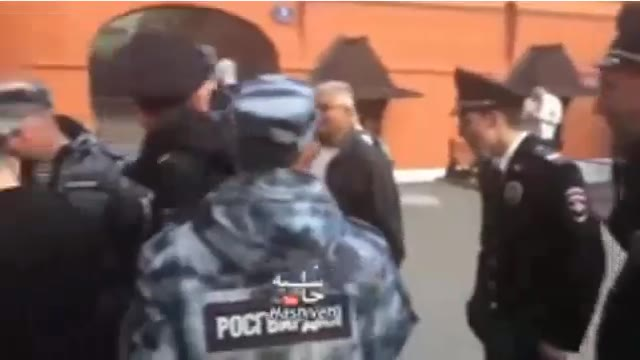سلفی گرفتن پلیس روسیه با مسی ایرانی در جام جهانی 2018 روسیه