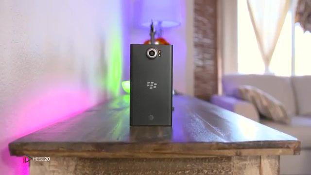 نقد و بررسی ویدیویی گوشی BlackBerry Priv