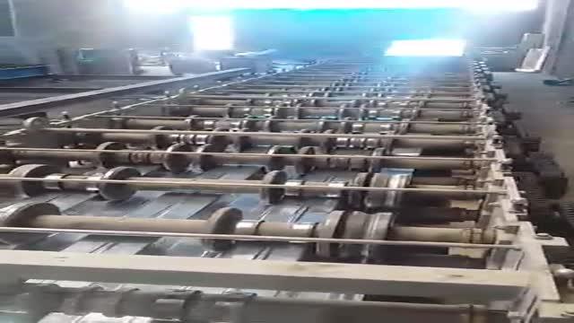 ماشین مارکت -فروش دستگاه رول فرمینگ عرشه فولادی کم کارکرد(متال دک) 09128663250 مهندس مارکویی