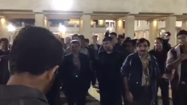 شعارهای مردم در فرهنگسرای شیخ حسین بوشهر 7 دی 96 : احمدی احمدی حمایتت می کنیم
