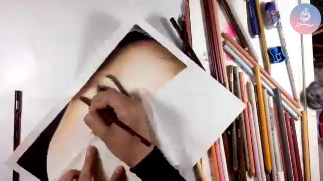 آموزش نقاشی چهره با مداد رنگی