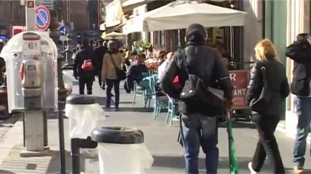 یک چهارم ایتالیایی ها در معرض خطر فقر قرار دارند