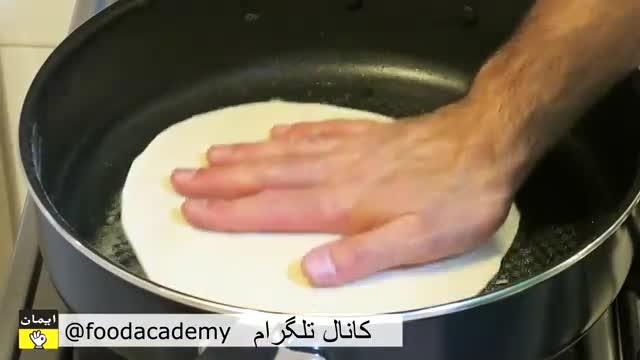 غذا با مرغ یک کباب یونانی بسیار عالی در فودآکادمی آشپزی با ایمان