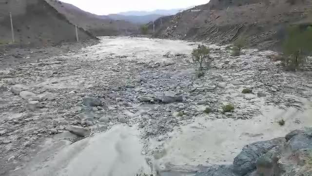 فیلم | جاری شدن رودخانه در بشاگرد
