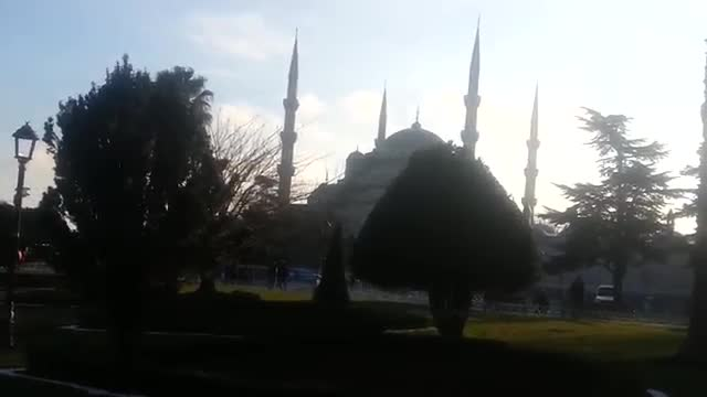 توریستی ترین محل استانبول در یک روز سرد زمستانی Istanbul's most popular touristic place