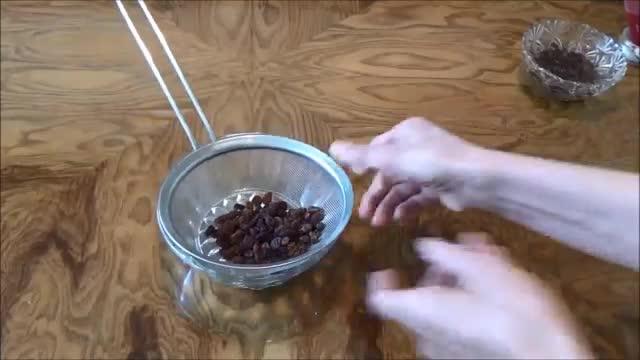 شیرینی کشمشی Iranian Raisin Cookies | Shirini Keshmeshi
