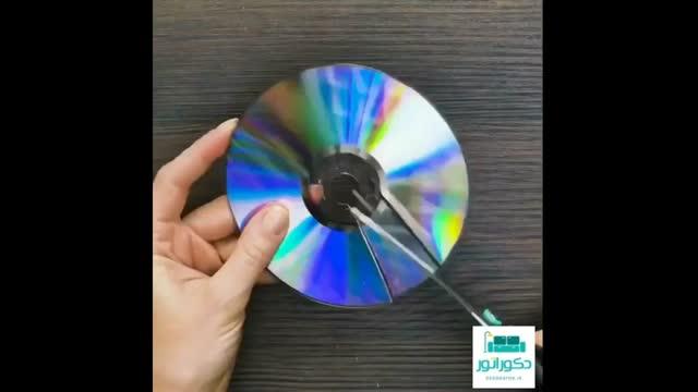 ویدیو ساخت تابلو با خرده های سی دی و کاغذ