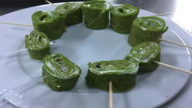 اسلایدهای نمونه غذاها و دسرها Ashpaz Tork
