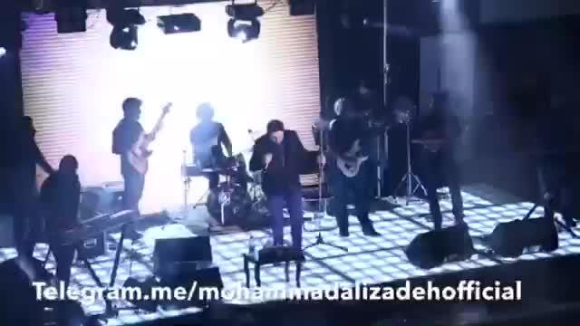 Mohammad Alizadeh live in concert eshtebah - کنسرت محمد علیزاده اشتباه