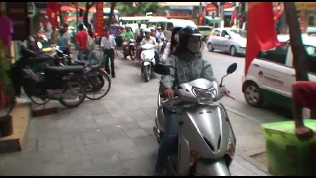 ویتنام تردد موتور سیکلت در پایتخت را ممنوع میکند/خبرنگار حسین بختیاریان