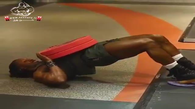 تقویت عضلات پشت پا و باسن