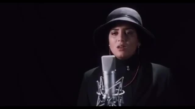 Amin Bani Che Kardi - OFFICIAL VIDEO / کلیپ عاشقانه «چه کردی» با صدای امین بانی