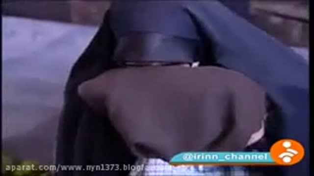 عبای رهبر انقلاب هدیه به شهید محسن حججی و در قبر شهید حججی