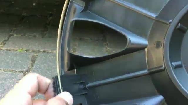 How To Change Wheel Trims - آموزش عوض کردن قالپاق اتومبیل
