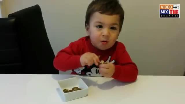 کودک فلفل خوار (متخصص در خوردن فلفل های تند)