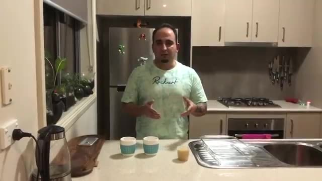 How to recognize real from fake rice (Persian cooking course) رَآه تشخیص برنجهای قلابی    جواد جوادی