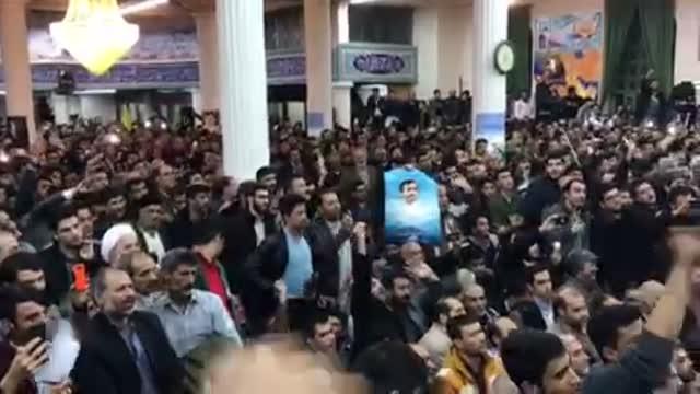 استقبال پرشور مردم مشهد ( آذر 96 ) از دکتر احمدی نژاد / احمدی دلاور پیرو خط رهبر