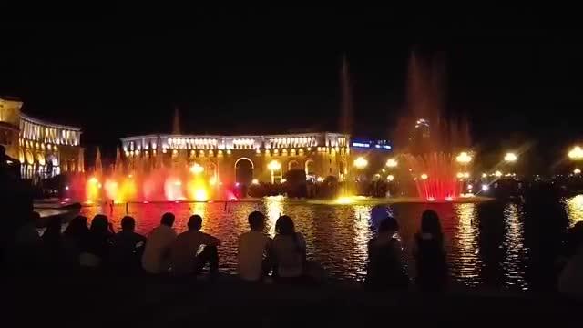 Freedom square in Armenia میدان جمهوری ارمنستان