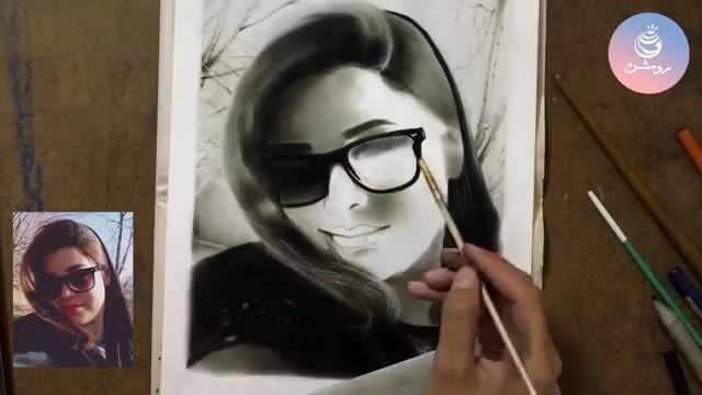 طراحی چهره با زغال از روی عکس - گروه طراحی روشن