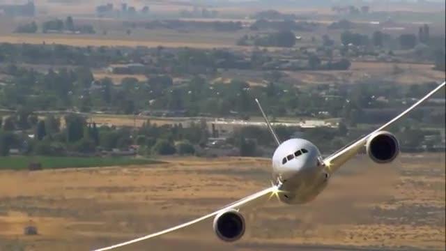 مانورهای نمایشی بویینگ 787-9 دریملاینر