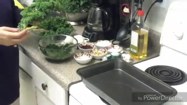 کوکو سبزی kale