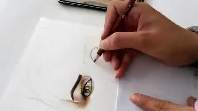 نقاشی چهره با مداد رنگی 1- color pencil portrait