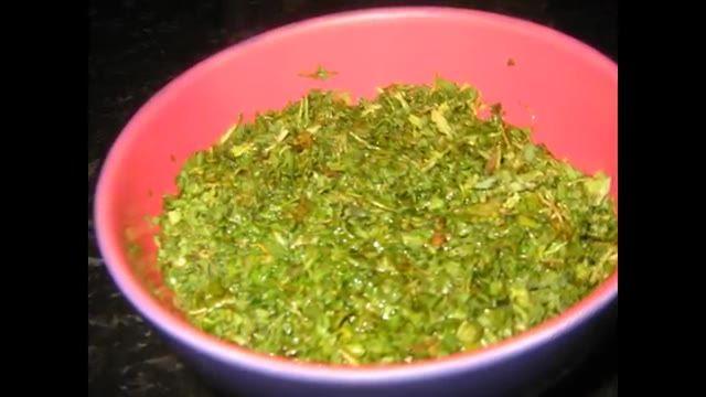 Fillet de poisson aux fines herbes - Ghalyeh mahi - طرز تهیه  قلیه ماهی مخصوص جنوب