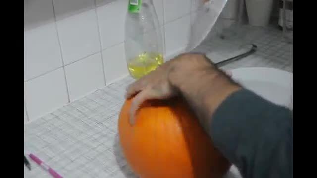 How To Make Halloween Pumpkin - آموزش درست کردن و تزیین کدوی هالووین