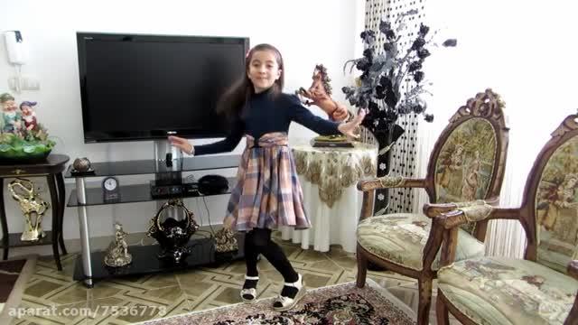 خواننده حسین پیکران و فرزانه نوریان ( دخترم )