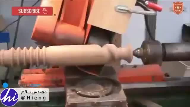 تماشا کنید رباتی که با چوب طرح های پیچیده خلق میکند